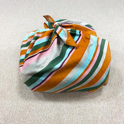 風呂敷バッグの包み方:STEP5